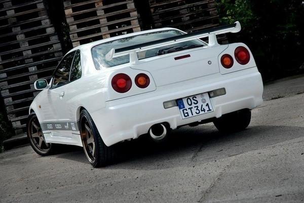 HECKLAMPENABDECKUNGEN NISSAN SKYLINE R34 GTR, GTT